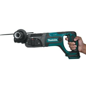 Makita XRH04Z 18V LXT Lithium-Ion Cordless 7/8″ Rotary Hammer, Tool Only